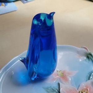 Blue art glass penguin 🐧 figurine